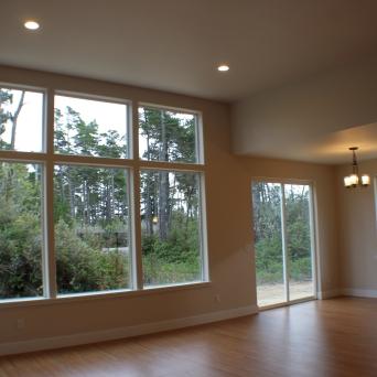 Huge windows to enjoy an abundance of natural light.